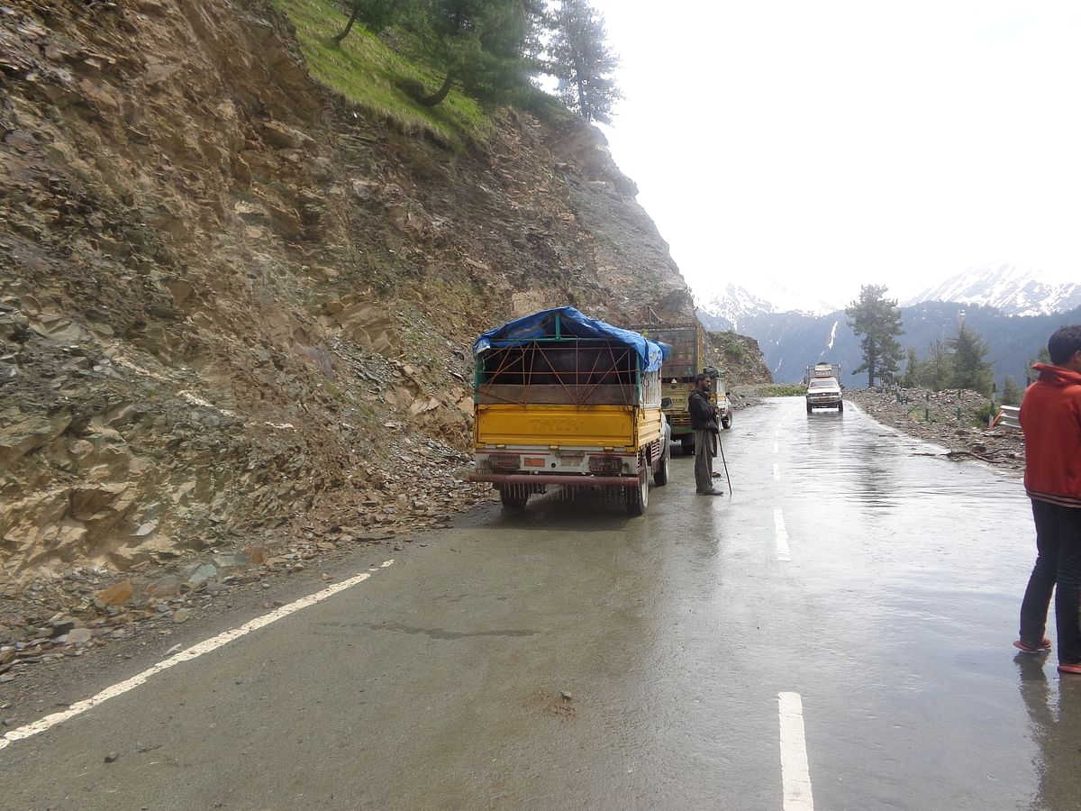 Mughal Road closed for traffic due to heavy rains