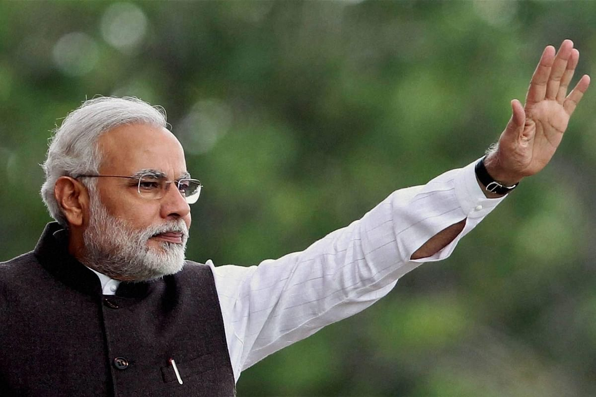 Modi pays tributes to Mahatma Gandhi, Vajpayee