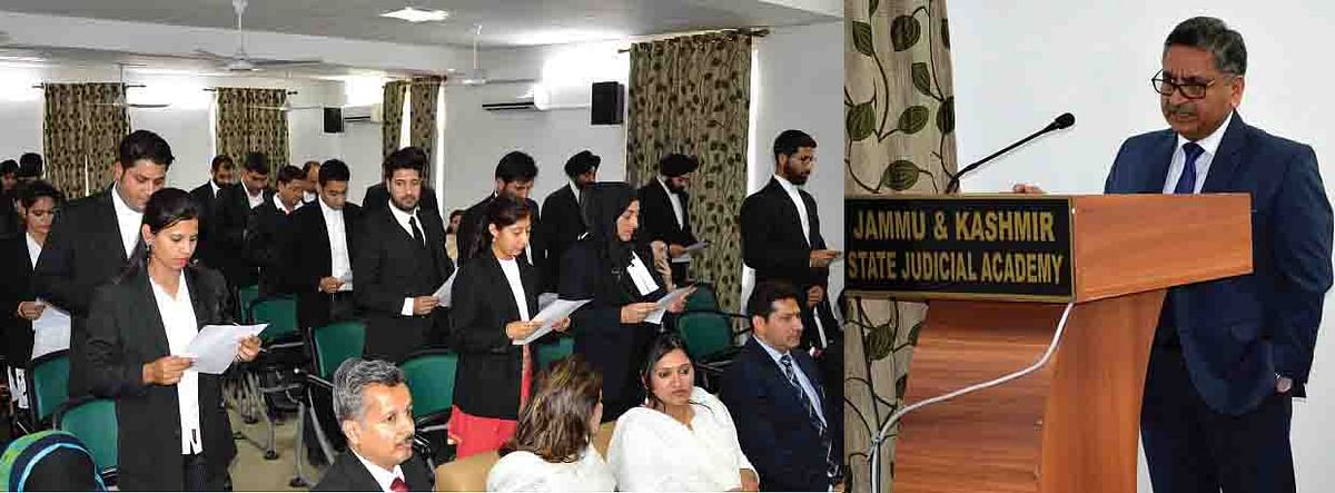 Justice Sanjeev Kumar administers oath to newly enrolled advocates