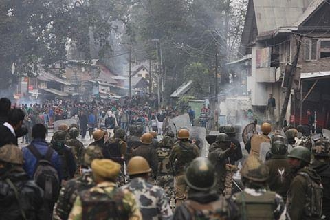 Intense clashes erupt during CASO in south Kashmir's Shopian; Internet shut
