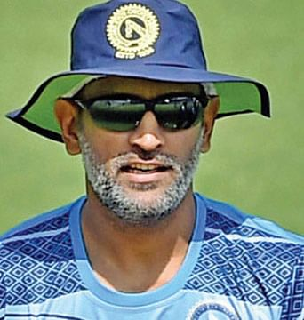 Dhoni's daughter gets rape threats for dad's failure