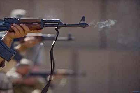 Militants attack police in Anantnag, cop injured