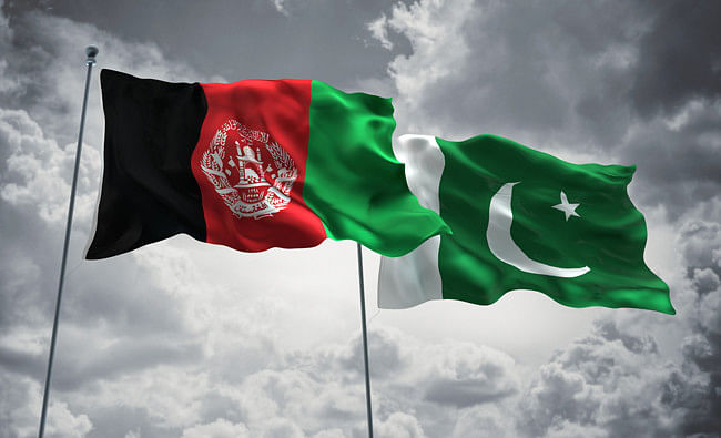 Top Afghan officials hold talks with Pakistani authorities