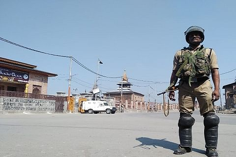 Restrictions imposed in Downtown Srinagar to prevent Eidgah march
