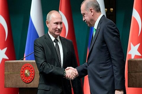 Turkey to buy Russian missiles despite US 'threats'