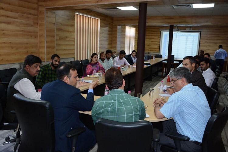 Saurabh Bhagat reviews functioning of BOCWWB