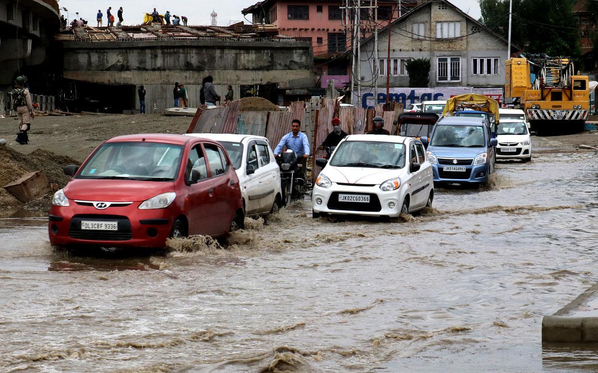 Incessant rains cause water logging across Kupwara