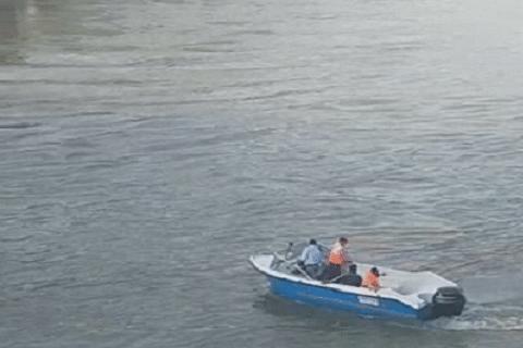 Youth dies after boat capsizes in river Jhelum in Banyari