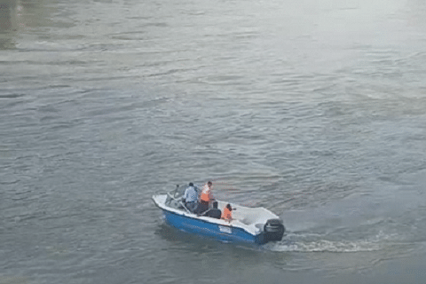 Mother-daughter duo rescued after boat capsizes in north Kashmir's Wular Lake