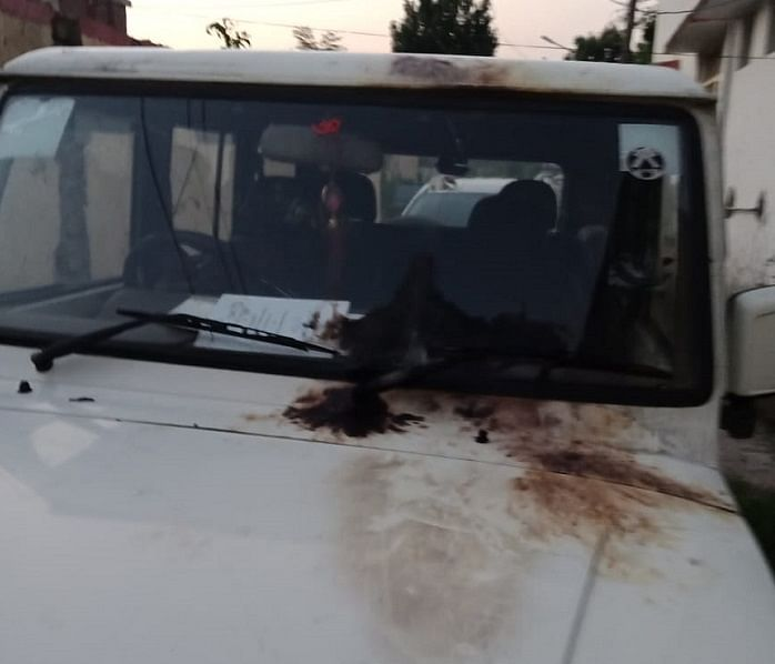 SPO disengaged after unknown persons attempt to torch vehicles of panchayat members in Poonch