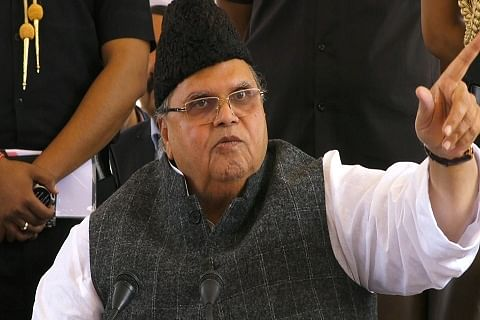 Stop killing innocents, rise against those who looted Kashmir: Governor Malik to militants