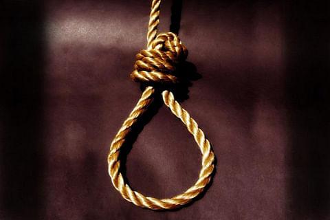 Man, 50, allegedly hangs self in Downtown Srinagar