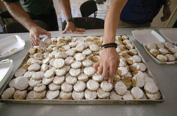 Ahead of Eid, bakers spend sleepless nights to prepare sweet treats