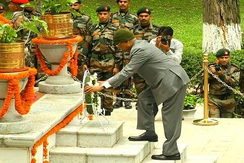President Kovind pays tributes to soldiers on Kargil Vijay Diwas