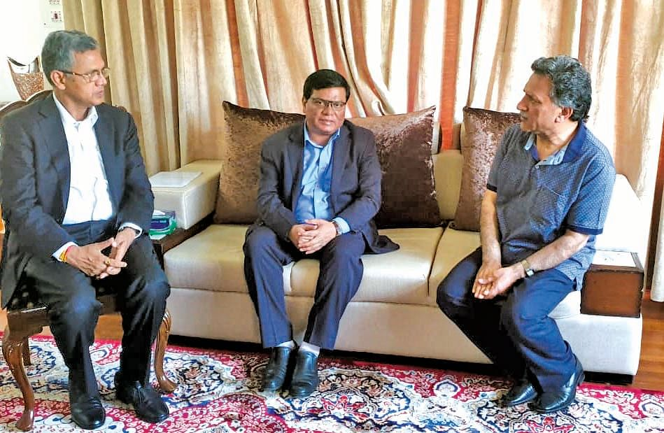Chairman, Director IIM Jammu call on Advisor Ganai