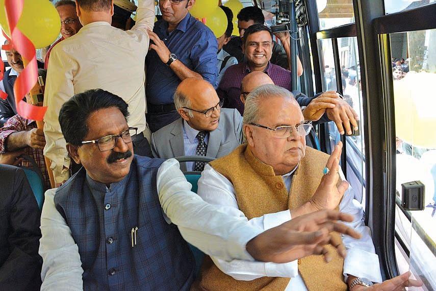 GoI formulating policy to rehabilitate Pandits: Governor Malik