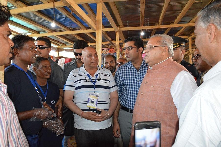 Governor reviews facilities for Amarnath pilgrims at Pantha Chowk transit camp