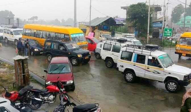 Death of Sopore boy at Srinagar hotel sparks protest, family demands probe