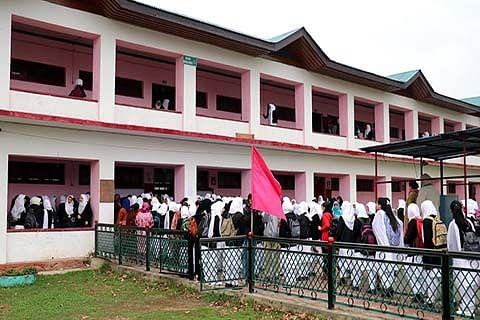 Srinagar administration upgrading 180 govt-run schools as 'smart schools'