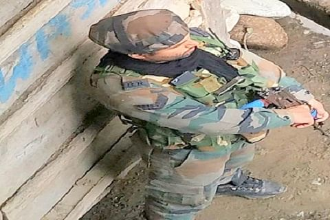 Security forces launch search operation in south Kashmir's Anantnag