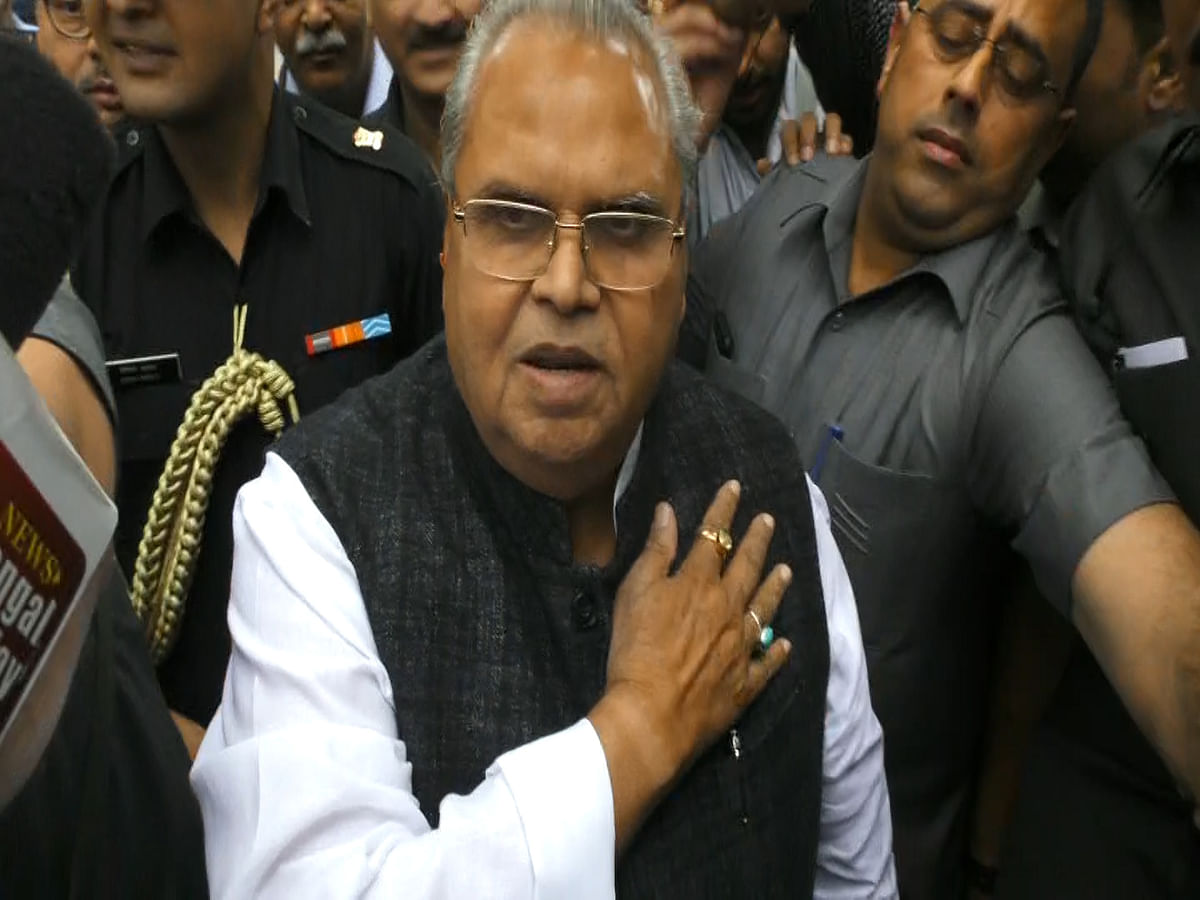 Governor says remark 'telling' militants to kill corrupt made in anger, calls Omar 'political juvenile'