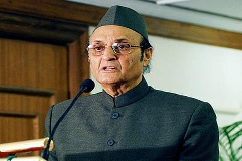 Karan Singh calls for comprehensive restructuring of Congress party