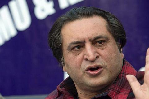 Sajad Lone condoles demise of Muzaffar Baig's sister