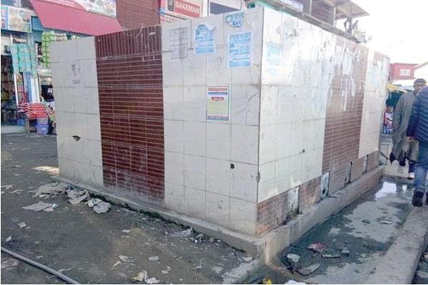 Public drinking water points lying defunct in Handwara