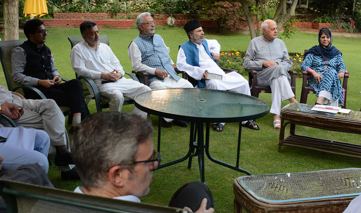 At all-party meet, politicians vow to defend Article 35A, 370; seek audience with President, PM