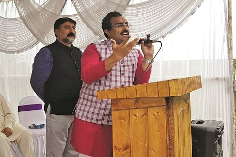 Political parties, Hurriyat, JeI groomed militant ideology in Kashmir: Ram Madhav