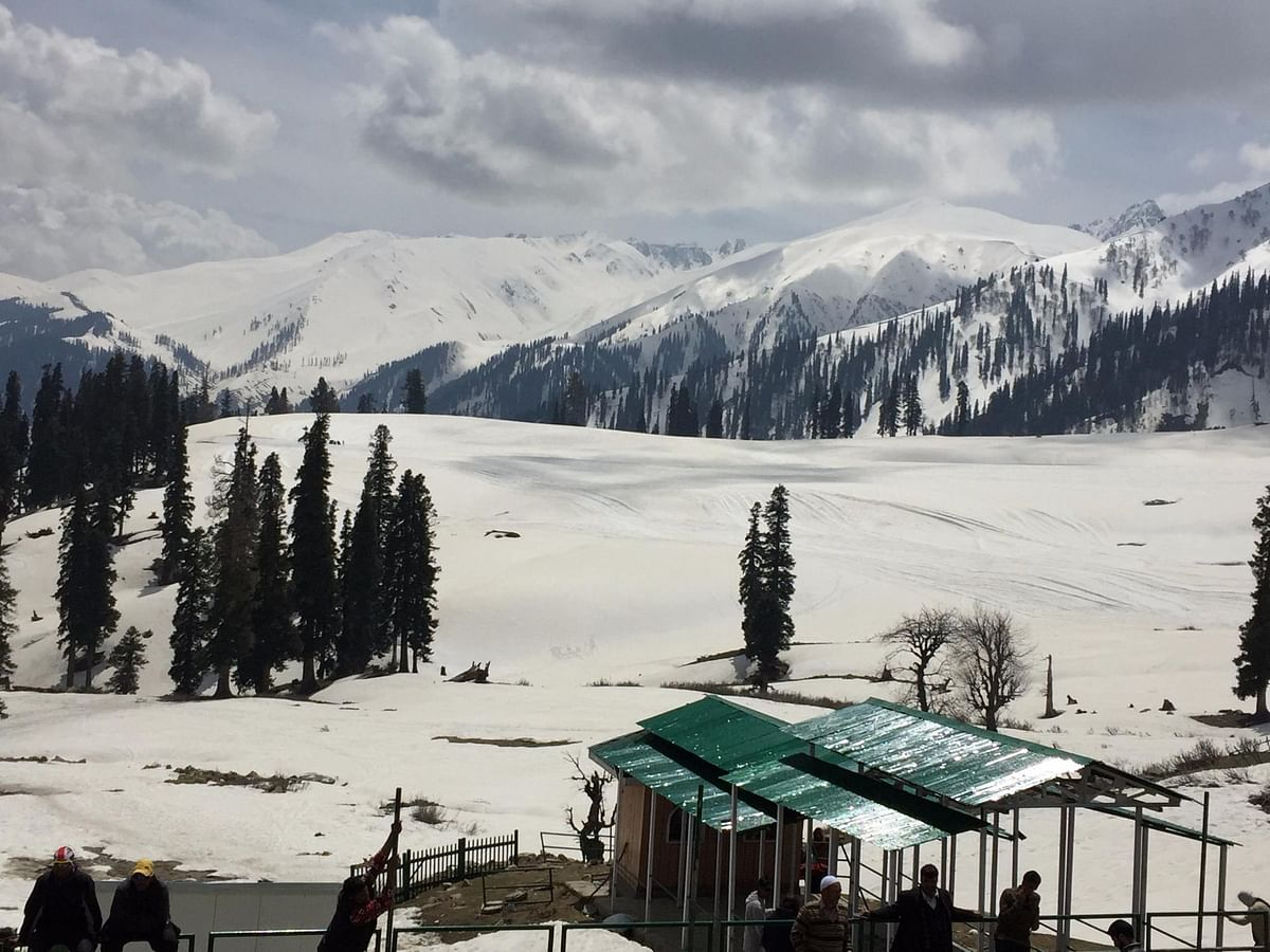 7 structures built illegally at Gulmarg, Tangmarg: Report