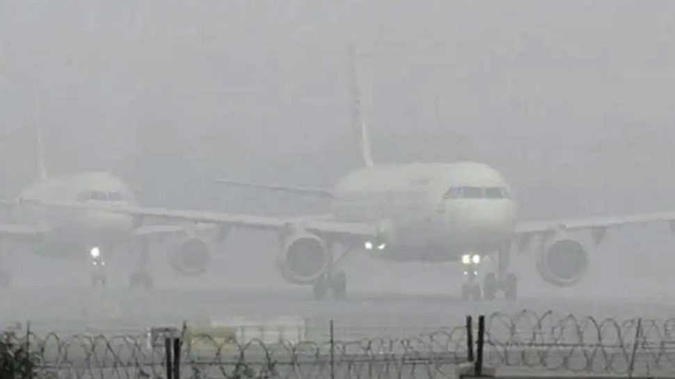 For second straight day, all flights remain cancelled at Srinagar airport