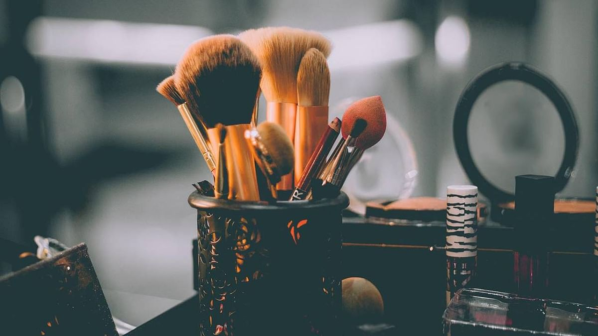 Life-threatening bacteria found in Make-up products: Study