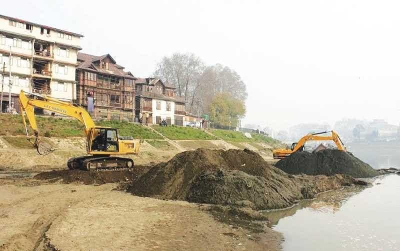 J&K govt forms district panels, sets deadline for clearing mining leases