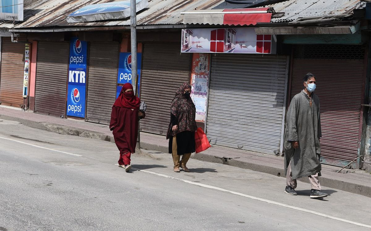 Restrictions continue in Kashmir