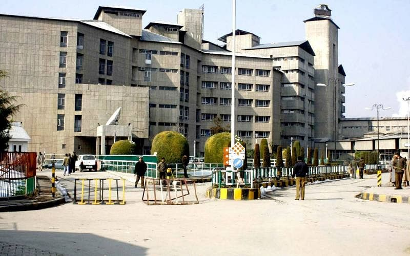 COVID19 surge | SKIMS stops routine admissions, surgeries