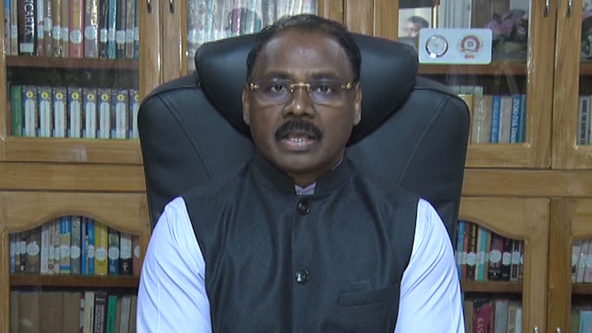 MoS Home, Lt Governor review administrative, dev works in J&K