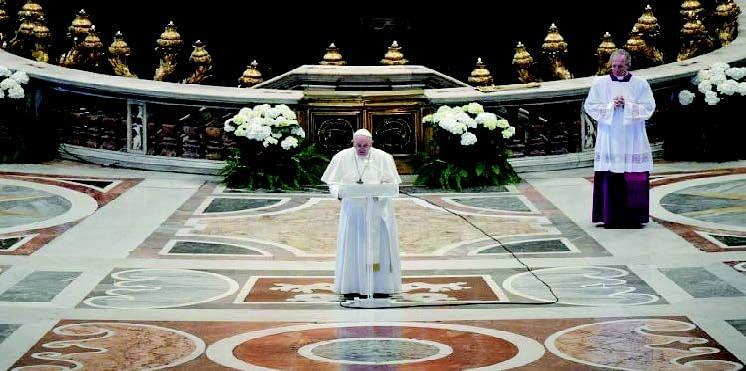 Pope marks 'Easter of solitude' in coronavirus lockdown