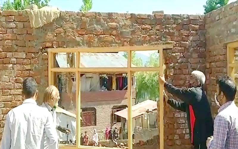 LAWDA demolishes 12 illegal constructions