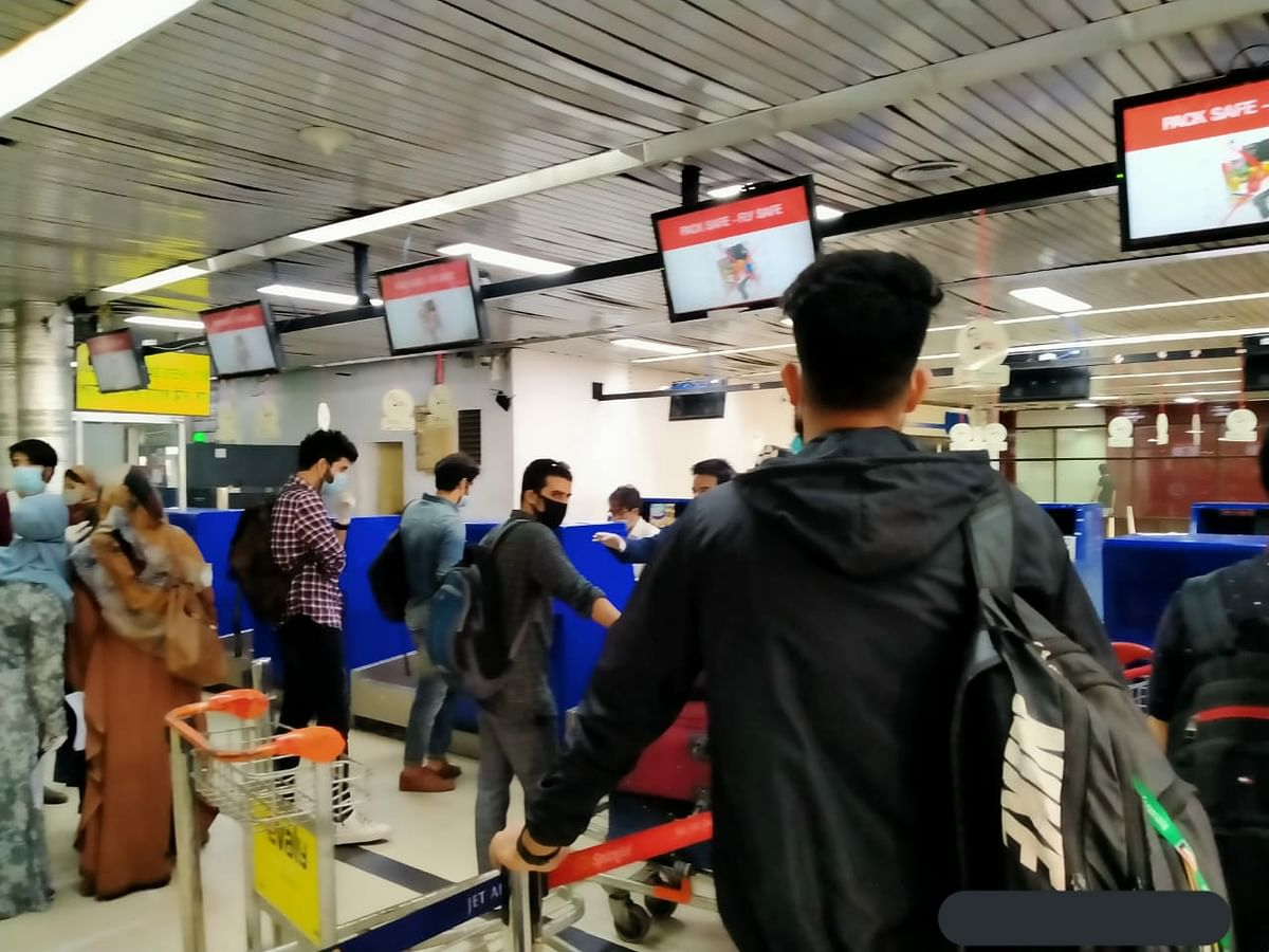 Different travel protocols within J&K confuse air passengers