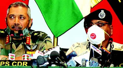 Army, police ask militants to surrender