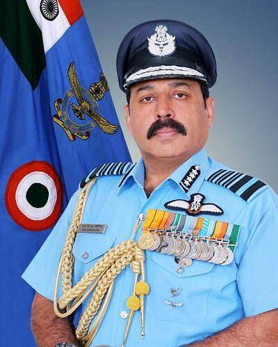 IAF chief pays 'quiet' visit to Leh, Srinagar