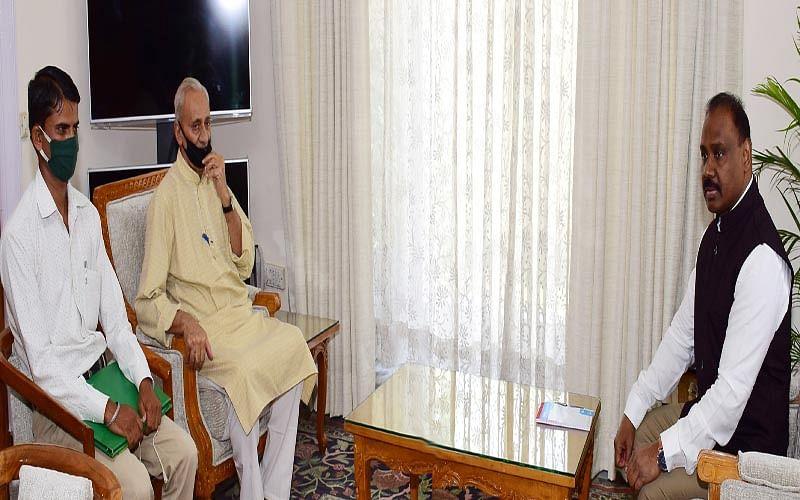 Gupta calls on LG Murmu