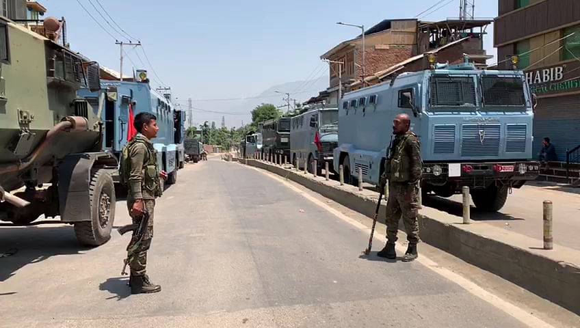 Militant killed in ongoing Sopore gunfight