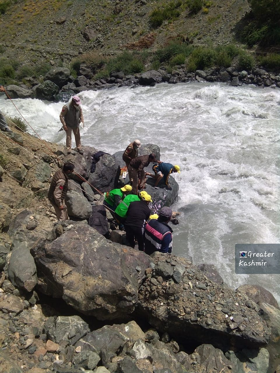 Drass accident: Driver's body retrieved after 15 days; no trace of IES officer