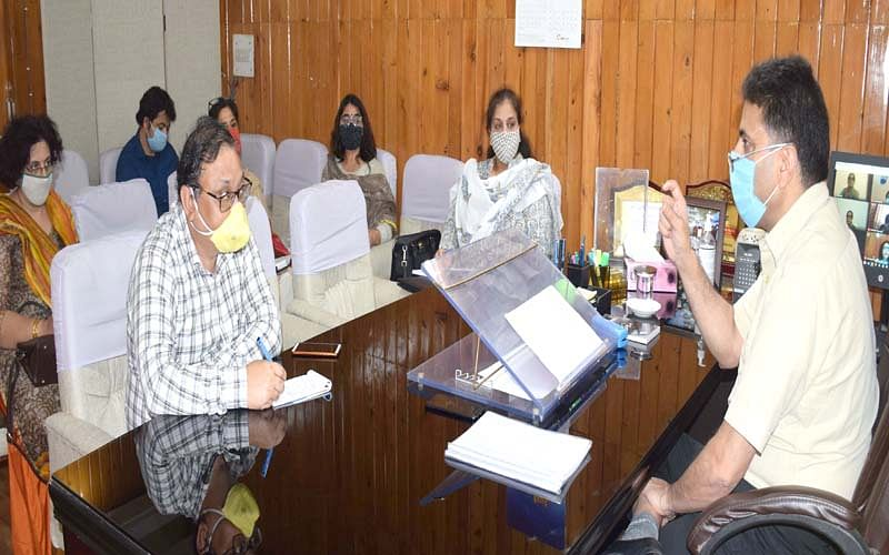 Comm Secy Hr Edu reviews functioning of newly established GDCs in Jammu