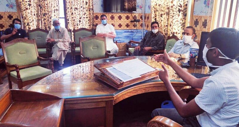 DC Kupwara reviews progress of dev projects