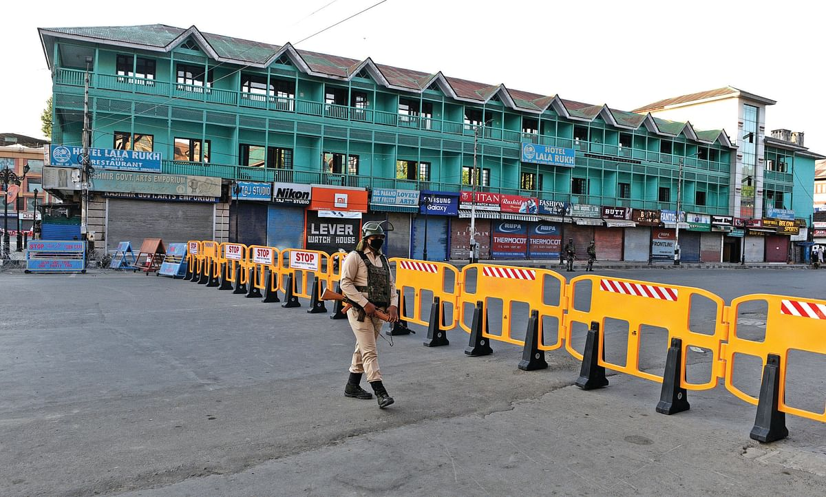 Restrictions ordered in 88 containment zones of Srinagar