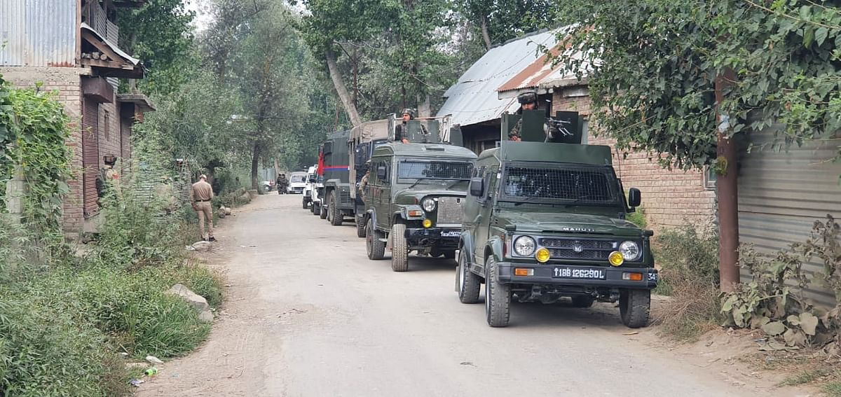 Gunfight breaks out between militants and security forces in Anantnag, second in a day