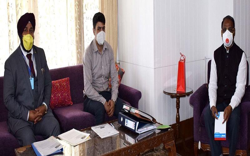 Chairman PHDCCI Kashmir calls on Lt Governor